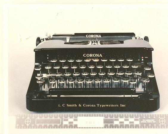 Машинка, на которой Унабомбер отпечатал свой манифест, была позднее продана с аукциона. /Фото: flickr.com/usmarshals