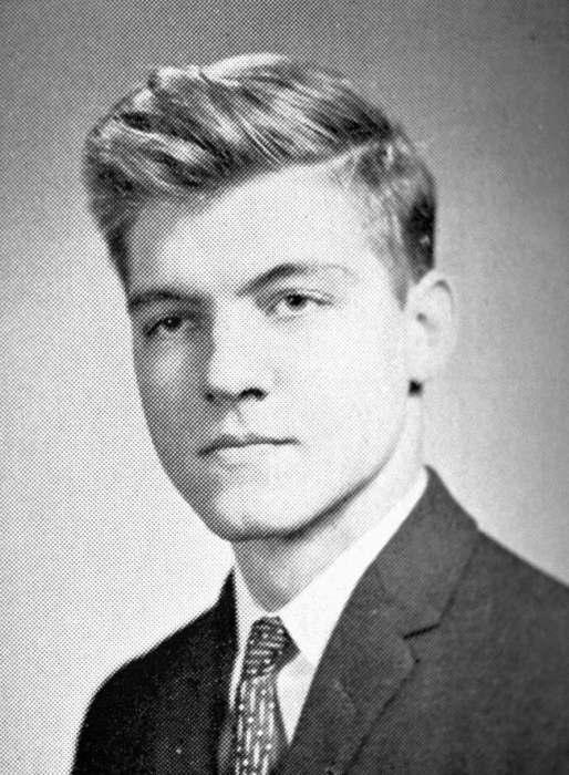 Теодор Качинский — выпускник Гарварда. /Фото:  pinsdaddy.com