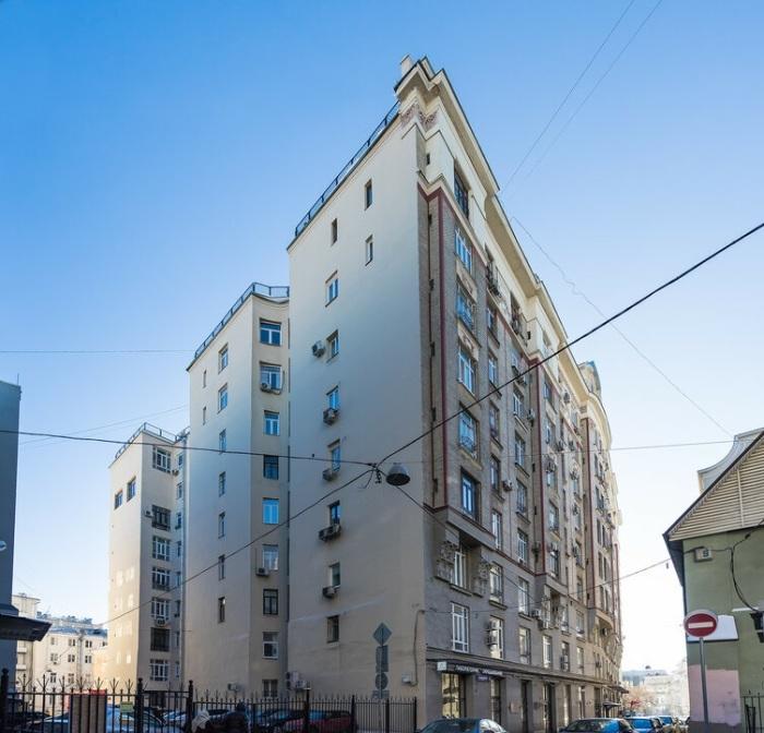 Знаменитый дом сразу завоевал славу мистического места. /Фото:vladimirdar.livejournal.com