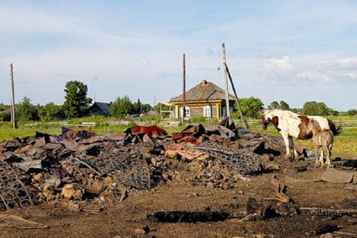 Всё, что осталось от старинного храма. /Фото:chur.gorod.tomsk.ru