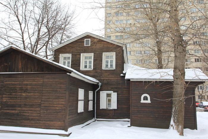 Дом, который чудом сохранился до наших дней. /Фото:sergeybond.livejournal.com