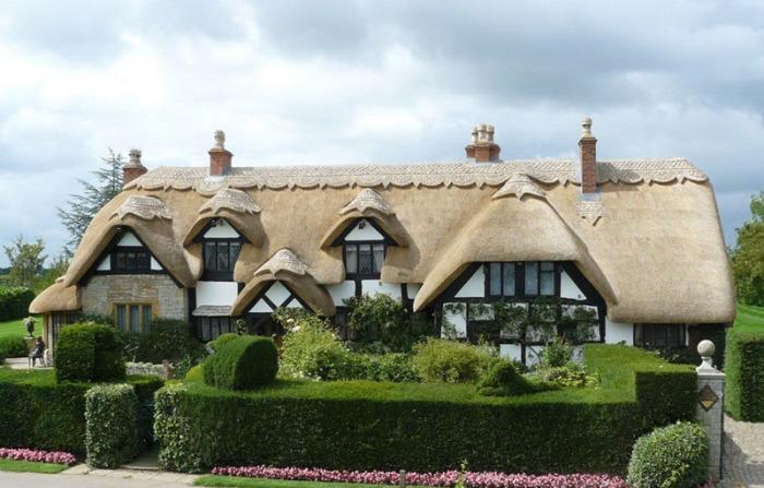 Британские сказочные домики невероятно красивы. /Фото:trasyy.livejournal.com