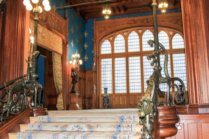 Экстравагантная лестница. /Фото:mu-pankratov.livejournal.com