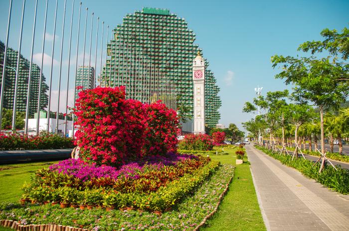 Есть версия, что информация о сносе зданий распространяется специально, для привлечения туристов в отель. /Фото:kuda-edem.livejournal.com
