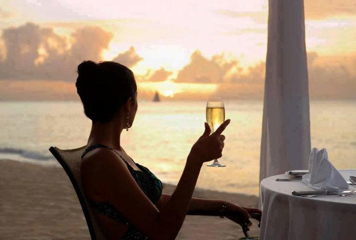 Чтобы тебя приняли за богатую, нужно знать кое-какие секреты. /Фото:nextcolumn.com