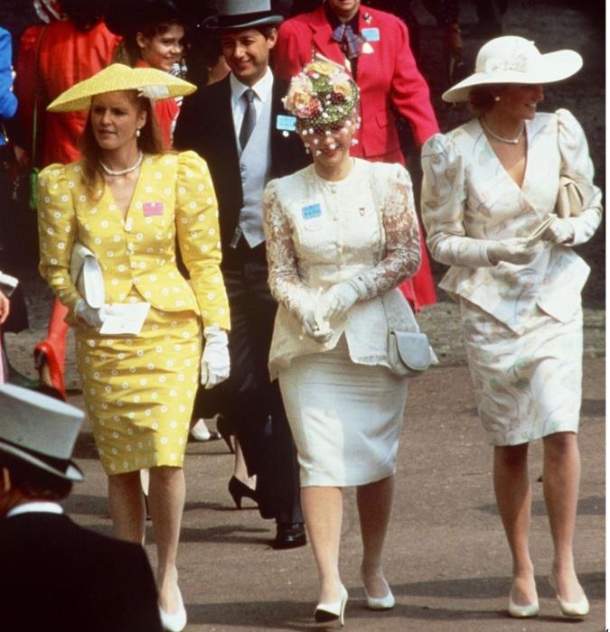 Леди Ди и герцогиня Сара Фергюсон знали толк в рукавах. /Фото: pinterest.com