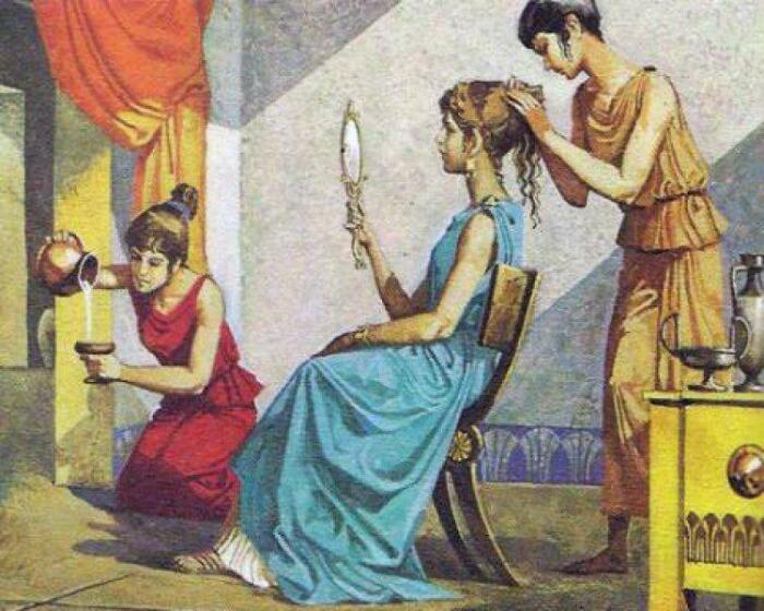 Греческие женщины свои губы ярко не красили.