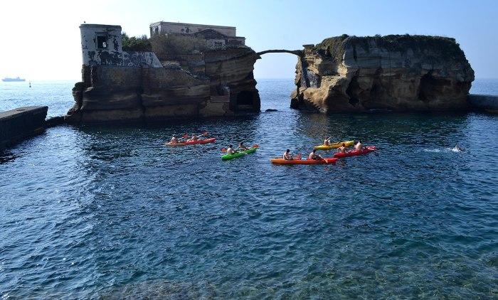 Туристы не боятся дурной славы этого острова. /Фото:dir.md