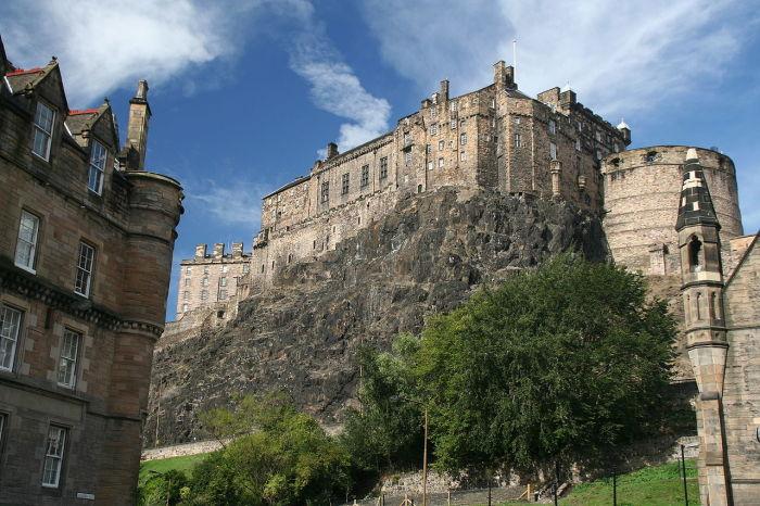 """""""Эдинбургский замок. /Фото:Klaus Hermsen"""