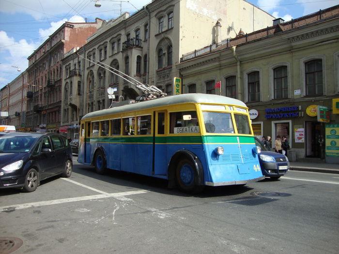 Единственный экземпляр троллейбуса ЯТБ-1, восстановленный в наши дни из найденного на одном из дачных участков кузова/ Фото: А. Каверзин