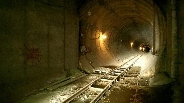 Вход в один из тоннелей. /Фото: wikipedia.org