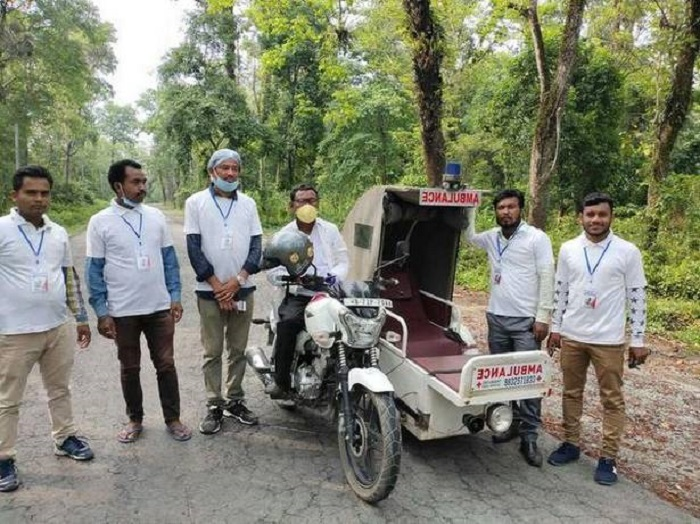 Команда волонтеров необычной скорой помощи. /Фото: thehindu.com, Md. Raju