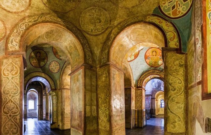 Над созданием Собора работали мастера из Византии. /Фото:os1.i.ua