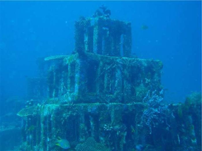 Эту пирамиду явно сделали люди. /Фото:http://secrets-world.com