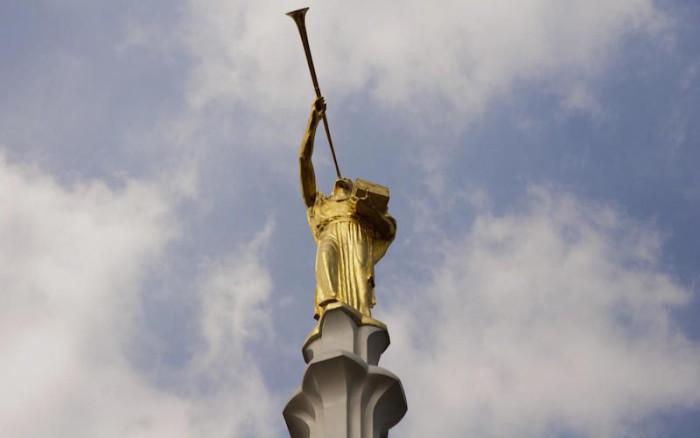Культовая для мормонов фигура весом в тонну. /Фото:lds.org
