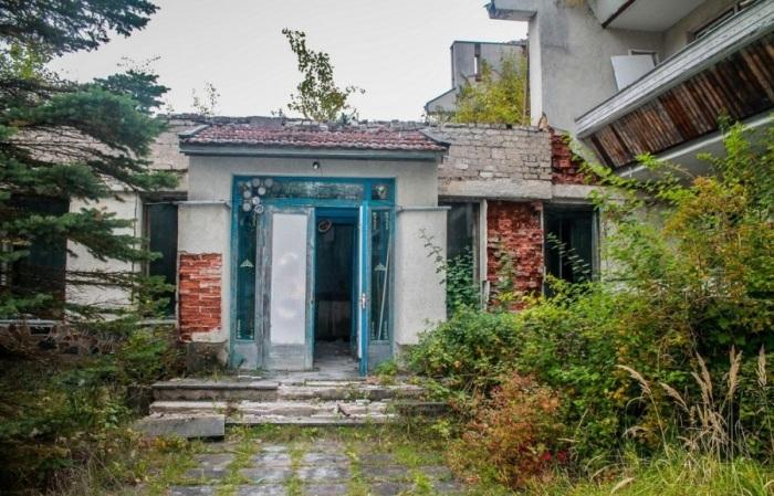 Вход в санаторий. /Фото:Александр Посталовский