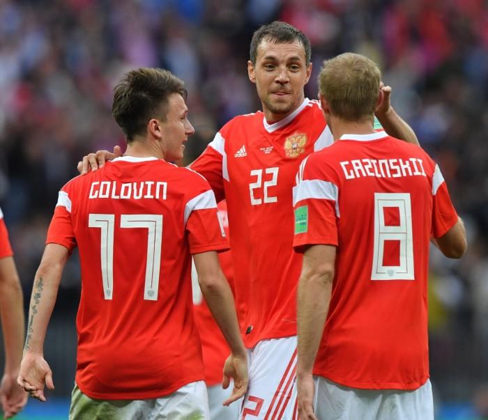 Россияне во время матча с Саудовской Аравией. /Фото:bobsoccer.ru