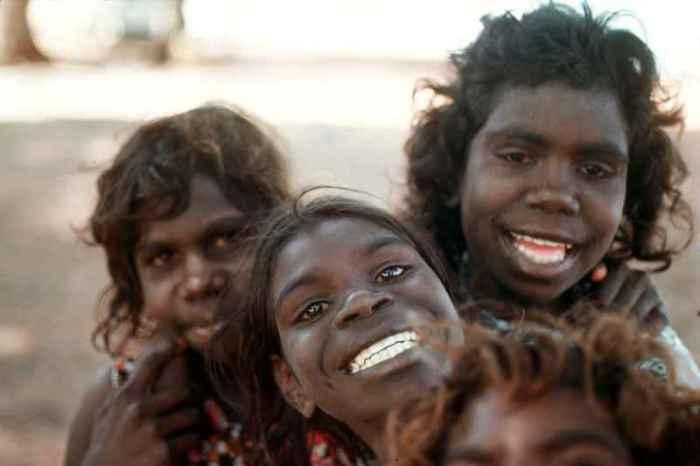 Девушки-аборигенки вызывали больше симпатии, чем каторжницы. /Фото:ozoutback.com.au