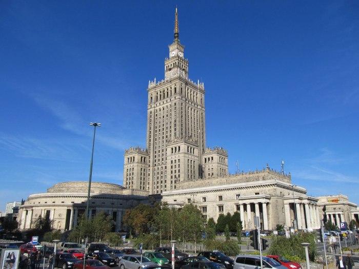 Сталинская высотка в Варшаве в наши дни./Фото:sergeyurich.livejournal.com