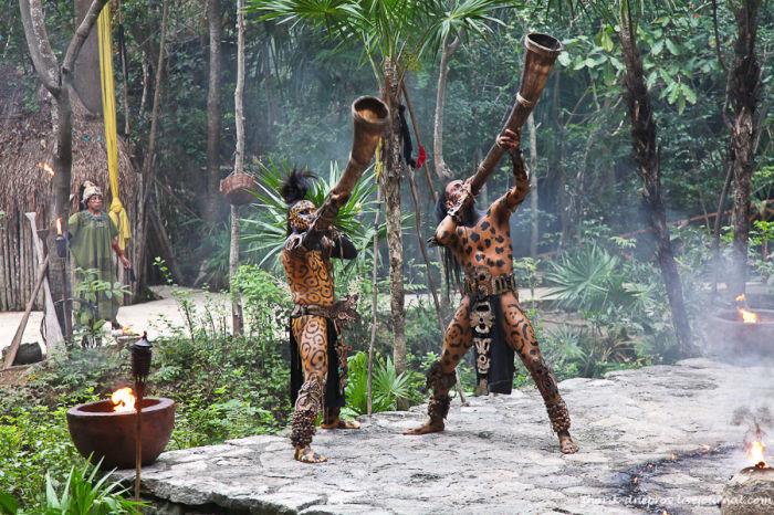 Индейцы майя. Современная инсценировка. /Фото:terraoko.com