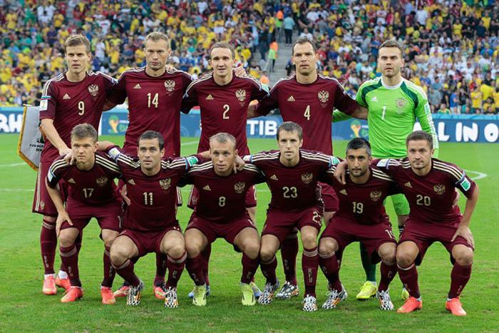 2014 год - цвет настроения - бордовый. /Фото:portsdaily.ru