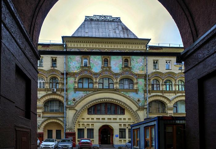 Здание. Вид из арки. /Фото:Galik_123.livejournal.com