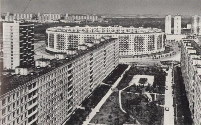 Круглый дом в Матвеевском. 1973 год. /Фото:ochakovo-matveevskoe.com
