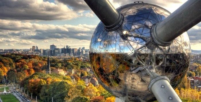 Вес каждой сферы - около 250 тонн. /Фото:4ever.eu
