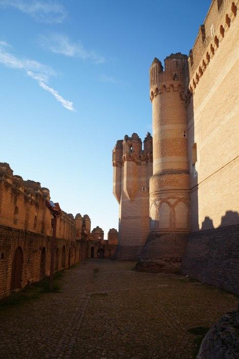 Как и вол многих подобных замках, в Кастильо де Кока иногда содержали узников. /Фото:think-head.livejournal.com