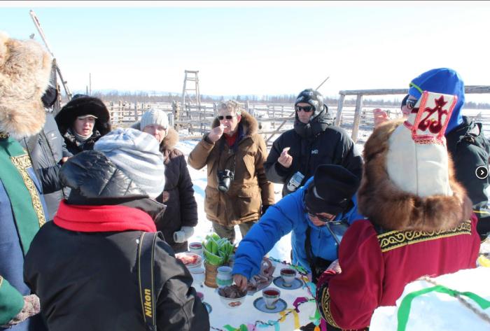 Французские и российские туристы в Оймяконе. /Фото:ykt.ru
