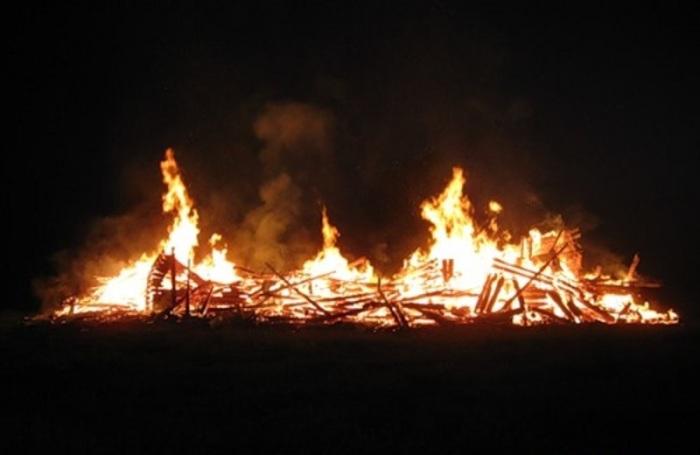 Фотография с места происшествия, сделанная пожарными. /Фото:tomsk-da.livejournal.com