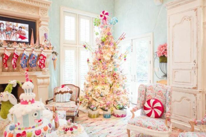 Богатое Рождество и в богатом доме.