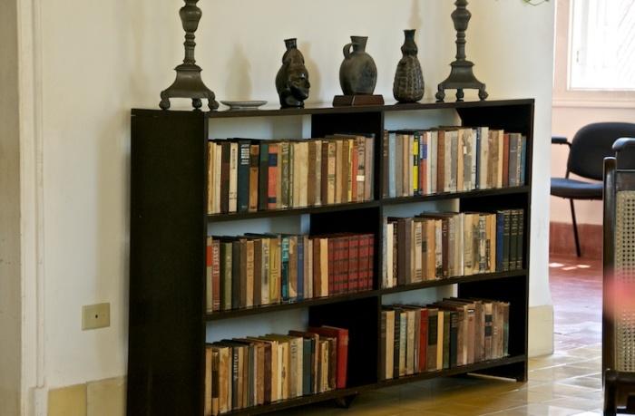 Книги здесь повсюду. /Фото:olgasukhova.livejournal.com