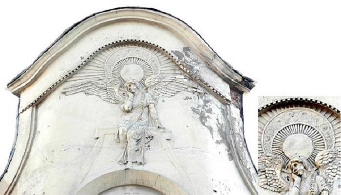 Так выглядел ангел до реставрации. /citywalls.ru