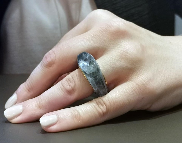 Имя покупателя кольца (если он был) афишировать не стали. /Фото: Wartski BNPS