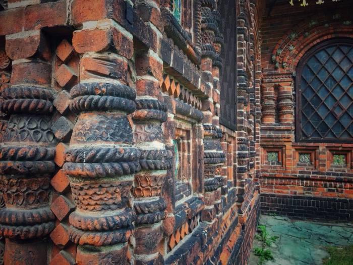 Уникальный храм строила вся страна