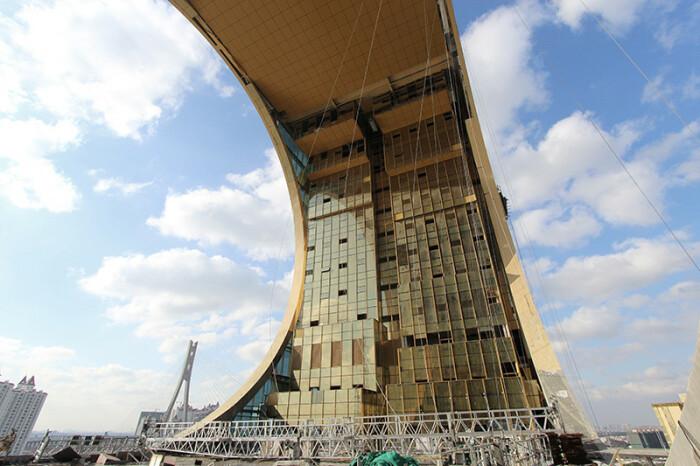 В небоскрёбе расположены статусные компании, офисы и крутой отель. /Фото: Joseph di Pasquale architect
