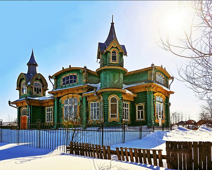 Дом Шориных зимой. /Фото:amtg-rus.ru