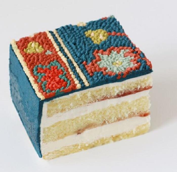 Торт, созданный по мотивам ковров Mansour, в разрезе.