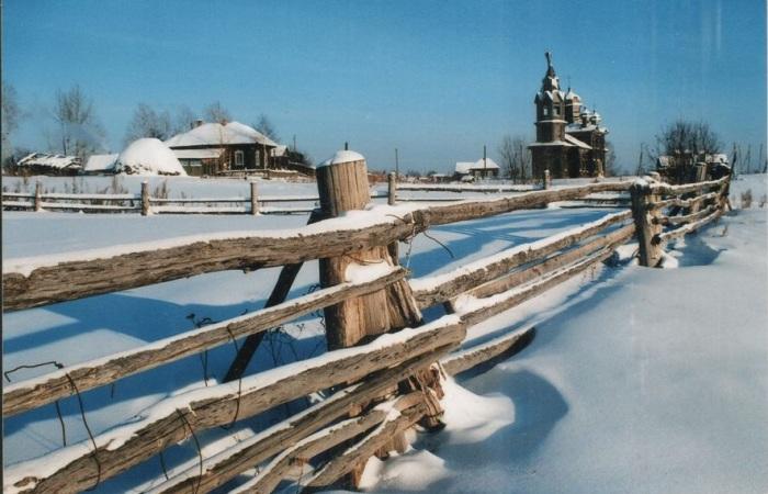Церковь была видна издалека и даже в полуразрушенном состоянии считалась местной достопримечательностью. /Фото: П.Рачковский