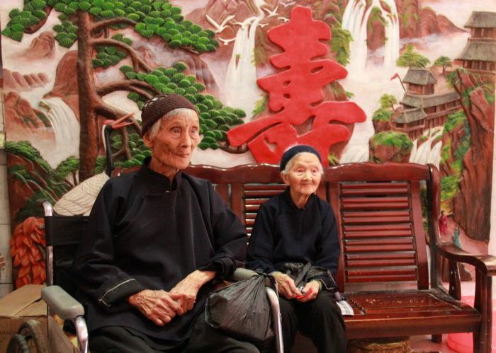После смерти общего мужа его жены остались подругами. /Фото:chinadaily.com