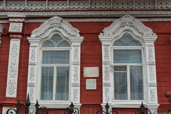 Дом Осипова. Фрагмент фасада. /Фото: Максим Ершов, tourister.ru