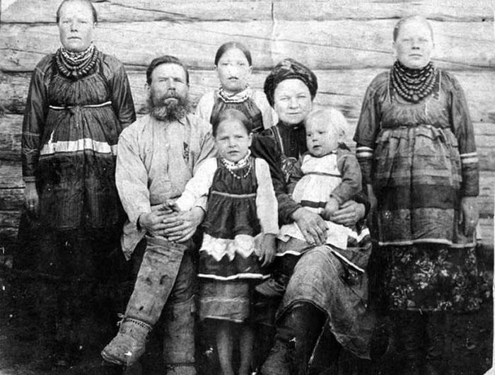 Семья Федора Рыжакова. Челдоны. /Фото: sib100.ru