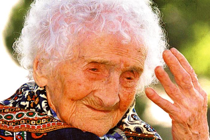 Российский ученый заметил у старушки отсутствие тех изменений, которые должны были проявиться в возрасте «за сто». /Фото:leafscience.org