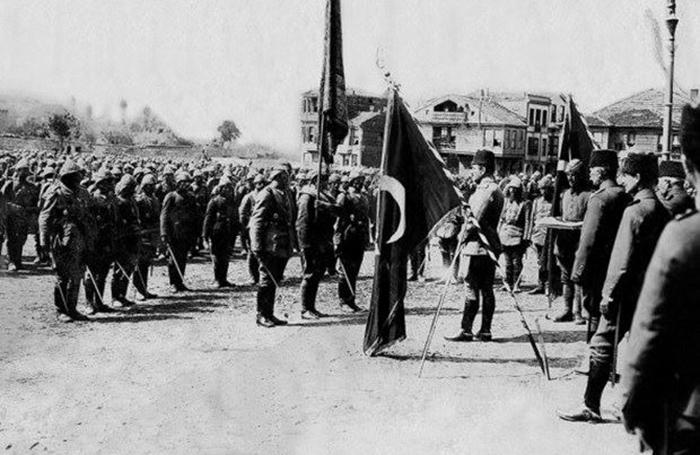 Турецкая армия.1915 год. /Фото:yenicag.ru
