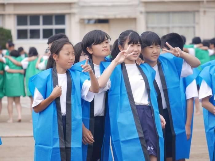 Японские школьницы. /Фото: Ю.Синалеев, Япония