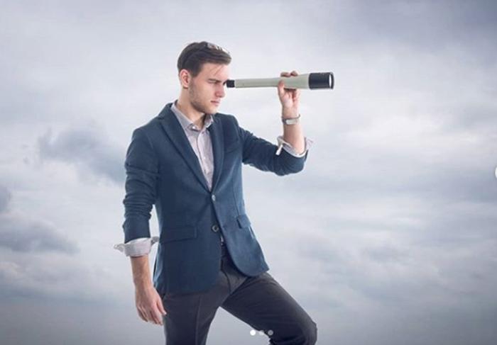 Вячеслав никак не ожидал, что станет интернет-знаменитостью и кумиров россиянок, но,похоже, ему этого уже не избежать.