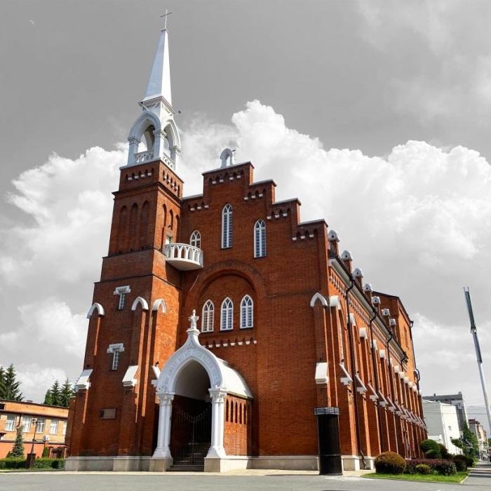Удивительное для Северного Кавказа здание. /Фото: alania.gov.ru