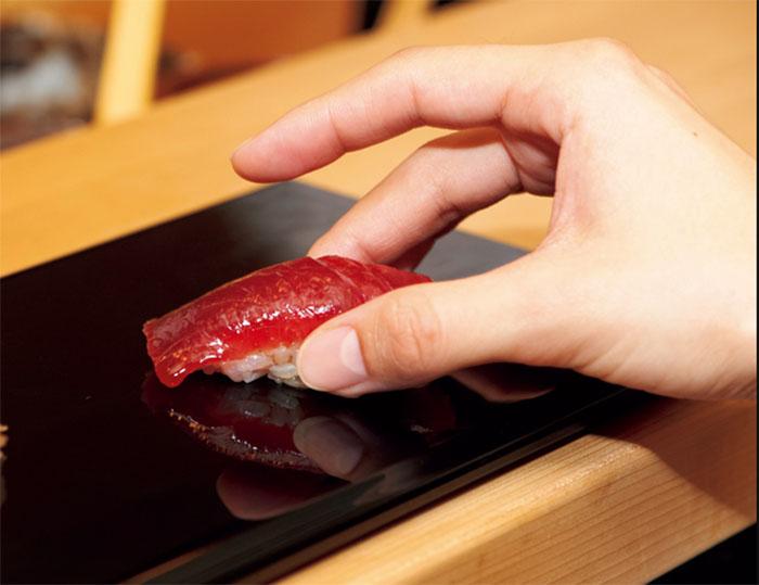 Всё гениальное просто. /Фото:sushi-jiro.jp