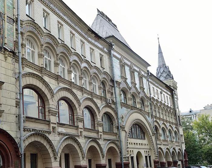 Шедевр архитектуры работы И.Кузнецова. /Фото:alciona.net